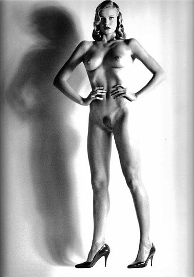 Helmut NEWTONBig Nude XIV, Variation Smiling Baby Doll, 1981Vintage gelatin silver printImage : 49,7 x 40,4 cm ; framed : 54,7 x 45,4 cmSigned, titled and dated 1981