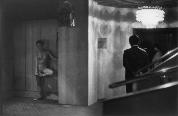 SIBYLLE BERGEMANN (1941-2010)Miss Albena, Berlin, 1985gelatin silver print© Nachlass Sibylle Bergemann; Ostkreuz / Courtesy Kicken Berlin and Loock Galerie