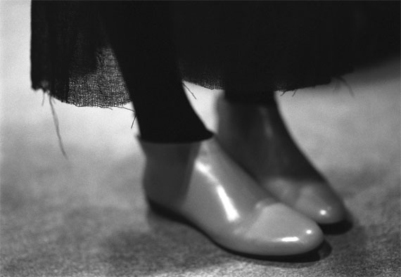 Donata Wenders: Red Shoes, Paris 2009