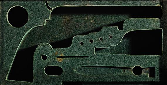 CASE 22, 2015, Perkussions-Revolver System Colt (K. K. P. Maschinen-Fabrik Innsbruck, 1849-55), TLM, Historische Sammlungen,Innsbruck, 43,5 x 82,5 cm, Edition von 6, Hahnemühle PhotoRag, Aluminium, Holzrahmen© Sinje Dillenkofer