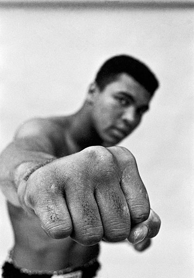 Ali right fist, London, 1966, 60 x 50 cm, Baryt Print, Edition of 20, signed and stamped, © Thomas Hoepker