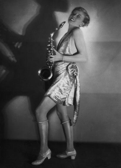 Yva, Die Schauspielerin Hertha Schroeter auf einem Kostümfest, 1928© ullstein bild