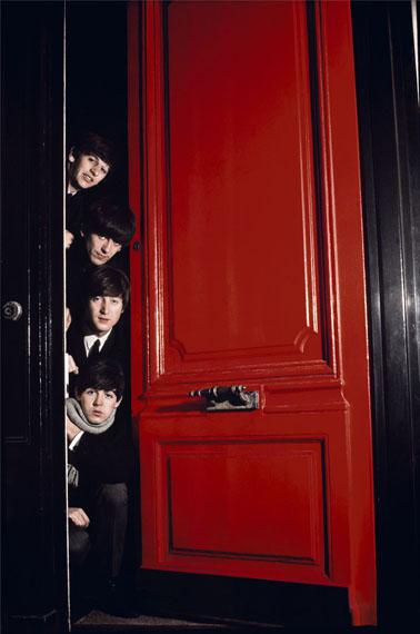 Jean-Marie Périer. The Beatles. Red Door. London, March 1964© Jean-Marie Périer / Photo12