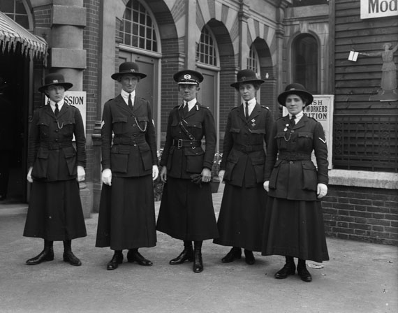 Mrs Albert (Christina) Broom: Women's Police Officers, led by Inspector Mary Allen, a former women's rights activist,receive instructions for the Womens War Work Exhibition, Knightsbridge, London, May 1916© Imperial War Museum