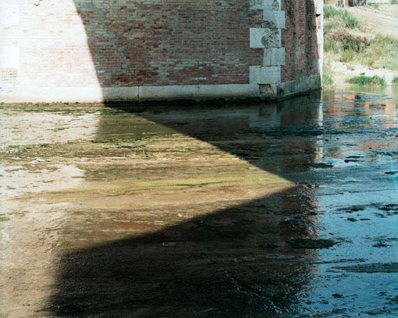 Fiume Savio, Cesena, 2007 C-Print, Image : 19,5 x 24,5 cm, © Guido Guidi / SAGE Paris.