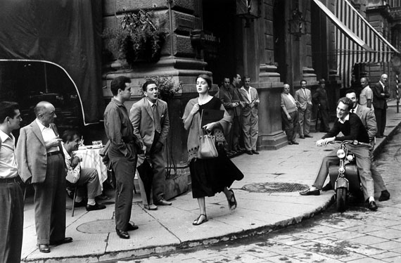 Ruth Orkin, American Girl in Italy, 1951courtesy of Howard Greenberg Gallery, NY