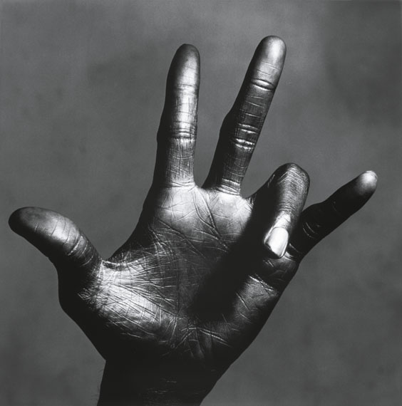 Irving Penn, The Hand of Miles Davis (C), New York ca. 1949-1950