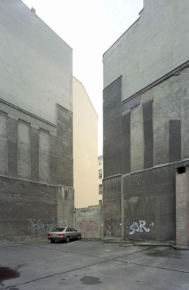 Maximilian Meisse: Hinterhof Nollendorfplatz