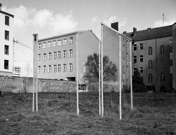 Taiyo Onorato & Nico Krebs: Building Berlin (Heidestrasse 3), 2017
