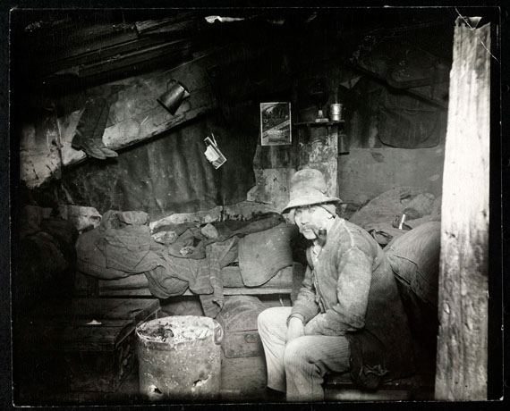 Italian home under a Dump ©  Jacob Riis/ Museum of the City of New York