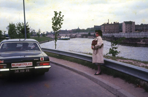 Gerhard Valentin, Martha Valentin on the Spree close to Reichtstagsgebäude, Berlin, 1975