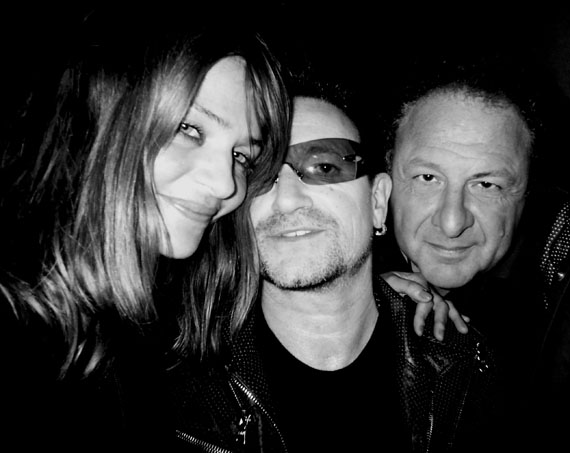 Jean PigozziHelena Christensen, Bono and ME, 2010© Jean Pigozzicourtesy IMMAGIS Galerie