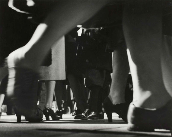 Lisette Model: Running Legs 42. Street, New York, 1940-1941