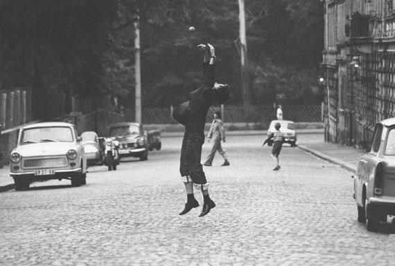ESSENCES – Photographs from four decades