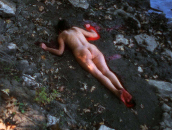 Ana Mendieta, Silueta Sangrienta, 1975. Super-8mm film transferred to high-definition digital media, color, silent. Running time: 1:51 minutes.