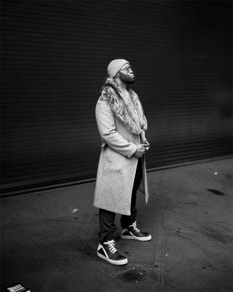 Richard Renaldi: 09:24, NY, from the series Manhattan Sunday, 2015 © Richard Renaldi