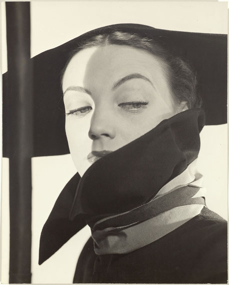 ERWIN BLUMENFELD (1897-1969)