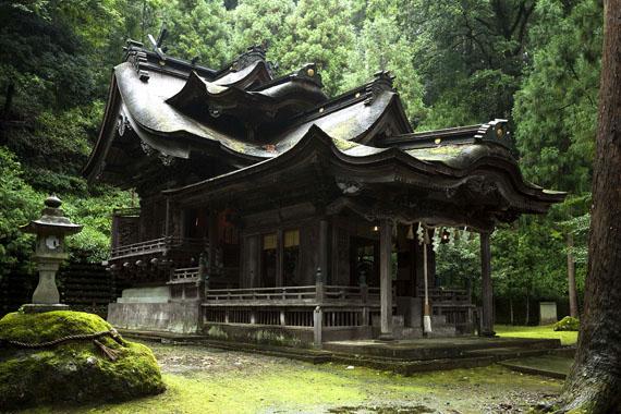 Ōtaki-Schrein © FUJITSUKA Mitsumasa