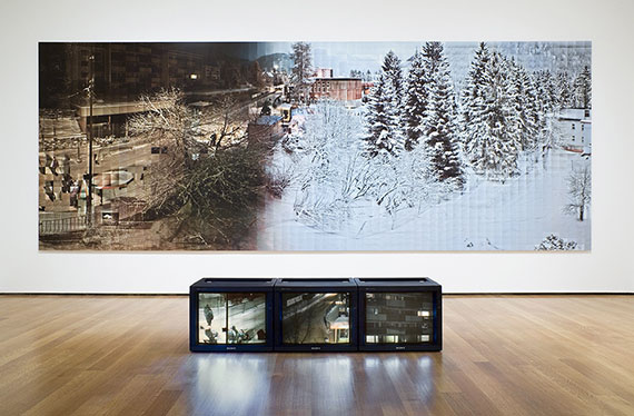 Temporary Discomfort IV Pulver gut, Installation Panorama A240635, + 3 Videos Hotspots