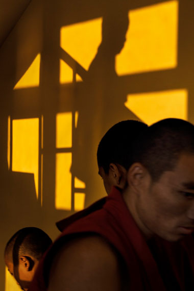 Gyuto - The Ritual Of Learning© Tobi WilkinsonCourtesy Galerie Thierry Bigaignon