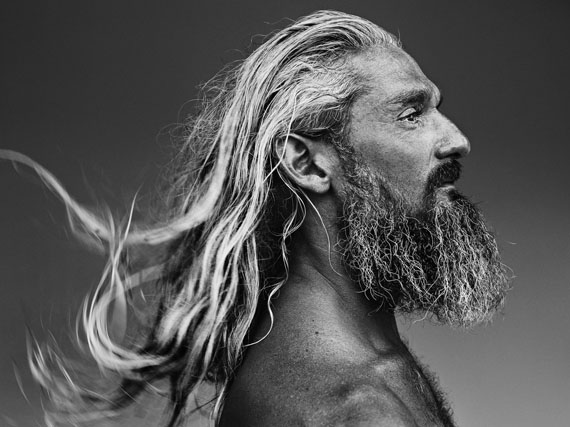 Charlie Phelps, surf lifesaver, Tweed Heads, New South Wales, Australia, 2016-2018 © Stephan Vanfleteren, Courtesy Kahmann Gallery, Amsterdam