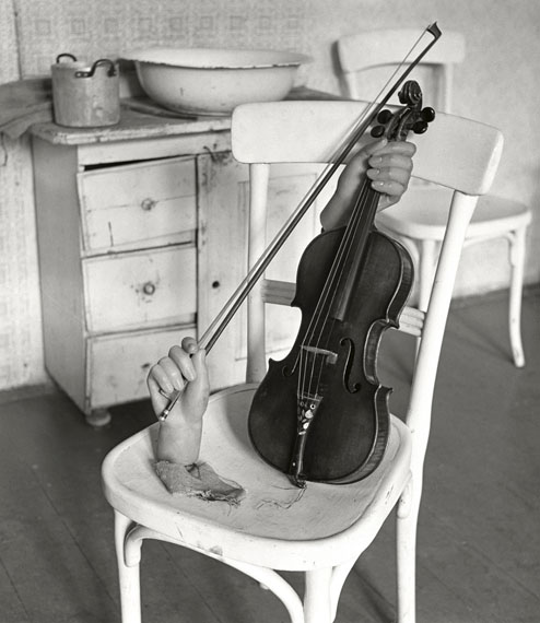 © Herbert List 'Kammermusik', Wien 1944©️ Herbert List / Magnum Photos / Courtesy Johanna Breede PHOTOKUNST
