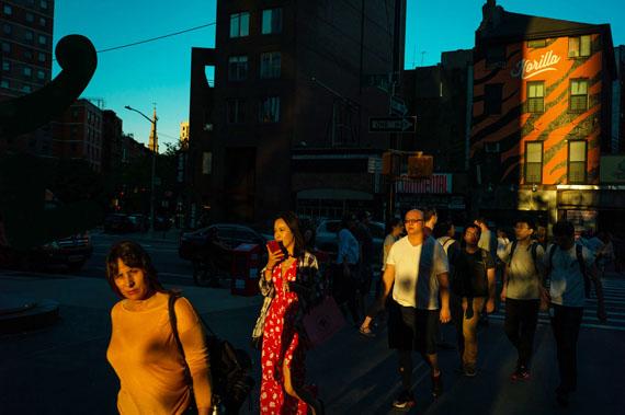 ChervineGroup in East Village, 2015-2018Tirage pigmentaire sur papier baryté30 x 40 cm, 60 x 50 cm, 60 x 80 cmEdition de 7Courtesy Galerie Esther Woerdehoff