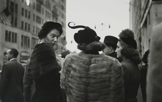 Saul Leiter, Hat, ca. 1952 © Saul Leiter Foundation