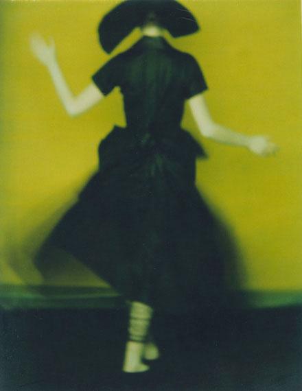 """Sarah Moon """"Yoji Yamamoto"""" 1996, Polaroid© and courtesy Persiehl & Heine, Galerie für Fotografie"""
