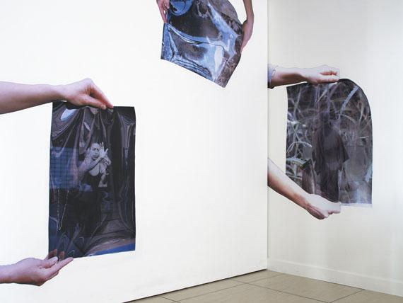 YALA JUCHMANNIn Stages (hands-on #1, #3, #4), 2018Fotografien© Yala Juchmann