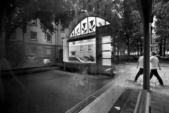 Regina Schmeken: Nürnberg, Gyulaer Straße, Tatort der Ermordung von Abdurrahim Özüdoğru (49) am 13.06.2001.© Regina Schmeken
