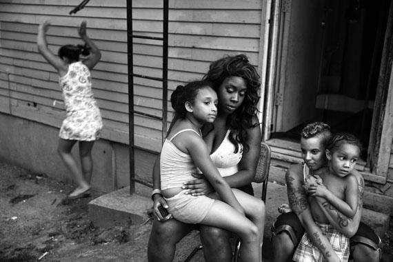 Paolo Pellegrin: A family. USA. Rochester, NY. 2013© Paolo Pellegrin/Magnum Photos