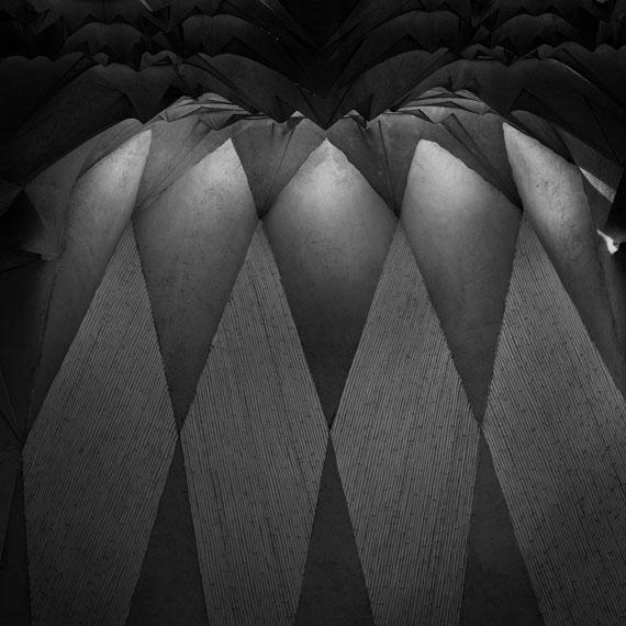© Aitor OrtizGaudí 004, 2018Print on Aluminum13.5 x 13.5 cmEd. 3/3
