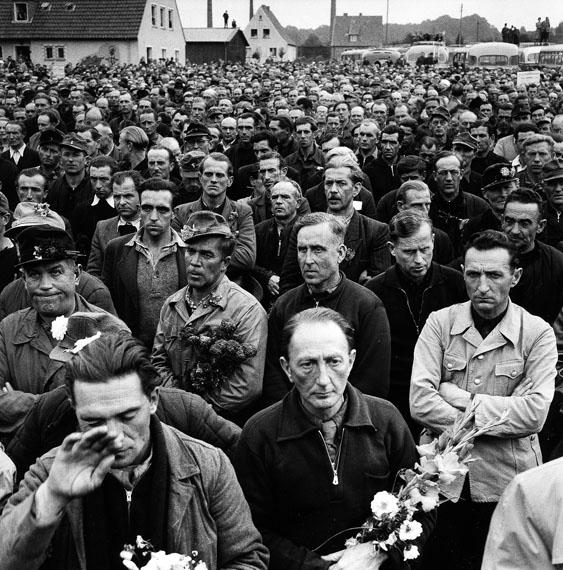 Archiv Robert Lebeck: Heimkehrer, 1965