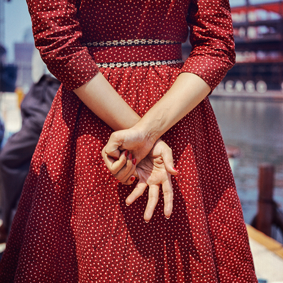Location unknown, 1956 © Estate of Vivian Maier, Courtesy Maloof Collection and Howard Greenberg Gallery, New York
