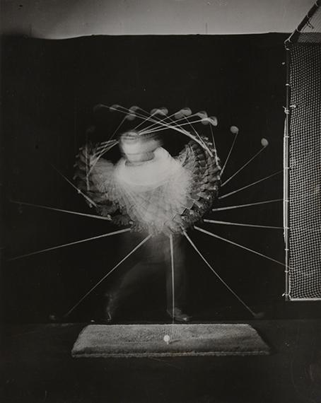 90.Harold Eugene Edgerton (1903-1990)Golf Swing for A. G. Splading & Bros, 1938.Vintage gelatin silver print.