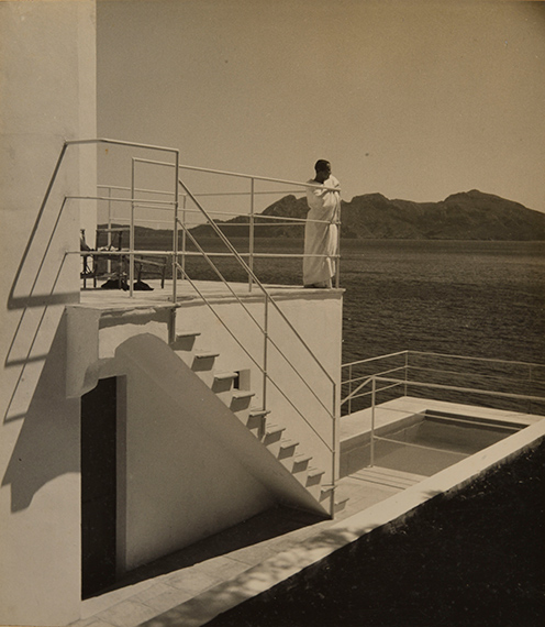 113.