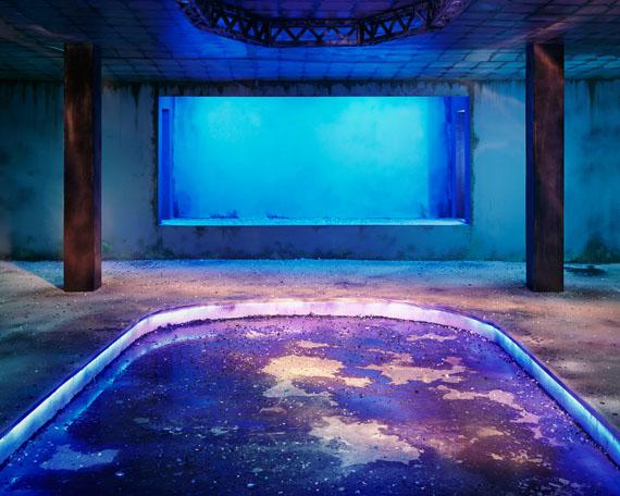Chen Wei: Dance Hall (Blueness), 2013 © Chen Wei courtesy Blindspot Gallery