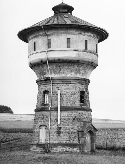 Bernd & Hilla Becher: Wasserturm, Pfalzfeld, 1980 (1995) © Estate Bernd & Hilla Becher, represented by Max Becher