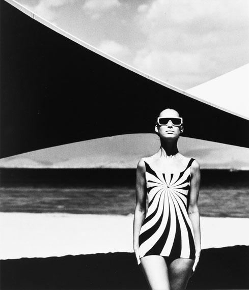 F.C. Gundlach: Op Art Design auf einem Badeanzug, 1966 (1989) © Stiftung F.C. Gundlach, Hamburg