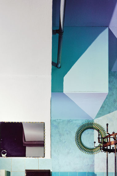 "Andrea Grützner: Ohne Titel, aus der Serie ""Erbgericht"", 2014© Andrea Grützner, Courtesy Robert Morat Galerie Berlin"