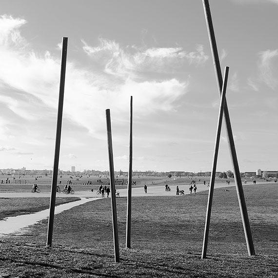 Anna Thiele: Tempelhof. Metamorphosis #8526, Berlin, 2016