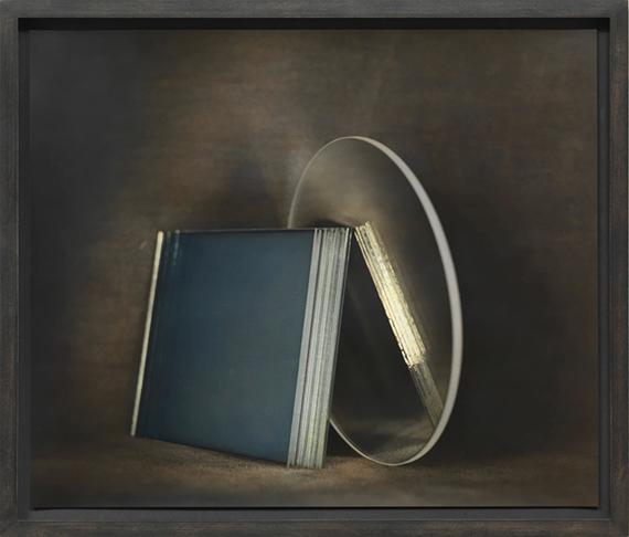 Ingar Krausso. T. (aus der Serie GLAS, Jena/Zechin) 2014/15Bromsilberpapier, Ölfarbe50 x 42 cm
