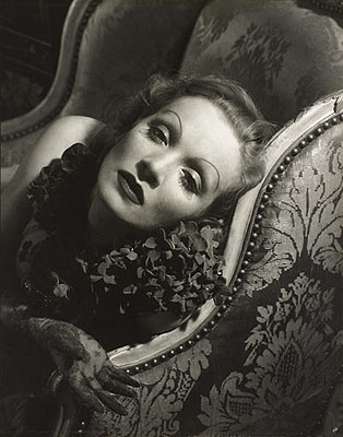 Marlene Dietrich. 1934 Courtesy The Richard and Jackie Hollander Collection, Los Angeles © 1930 Condé Nast Publications