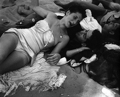 Coney Island, c. 1947 © Sid Grossman courtesy Howard Greenberg Gallery, New York
