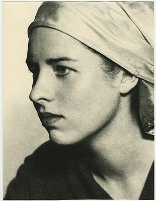 Porträt ohne Titel, nicht datiert © The Man Ray Trust