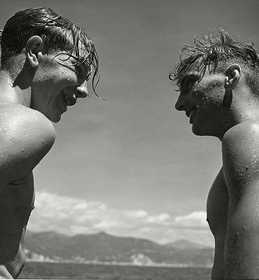 Good Chums, Liguria Italy 1936© Herbert List / Magnum Photos / Contrasto