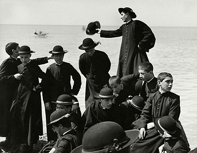 Seminarists by the Sea, Naples, Italy  1959© Herbert List / Magnum Photos / Contrasto