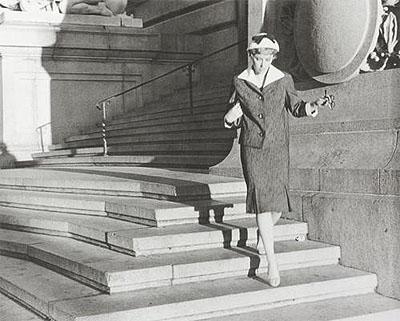 Cindy Sherman | Untitled #22, aus der Serie Film Stills, Courtesy of the Artist, Metro Pictures New York and Monika Sprüth Philomene Magers Cologne, Munich, London