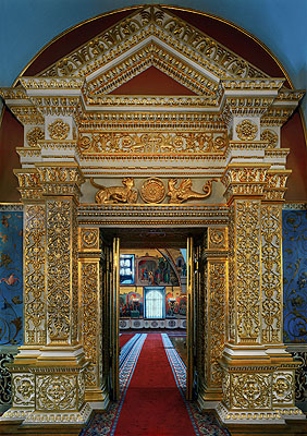 © Robert PolidoriThe door into the faceted chamber, Kremlin, Russia, 2005